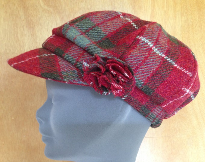 Ladies Newsboys Cap Hat - 100% Tweed Wool - Donegal Tweed Hats - Womens Irish Bakerboy Hats - Newsboy Cap - Red Tartan
