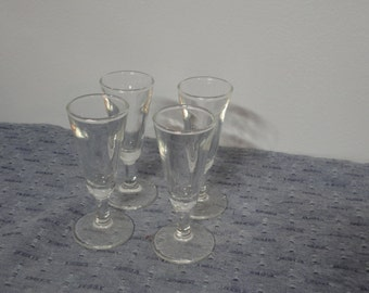 Stem Cordial Shot Glasses Set of Four (4) Vintage in Great Condition
