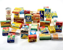 Vintage grocery dinette / set of 34 advertising miniature boxes / dollhouse accessories