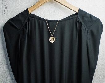 Leaf necklace, leaves necklace, unique necklace, gold necklace, nature necklace, gold Leaf charm, goldfilled necklace, dainty necklace.