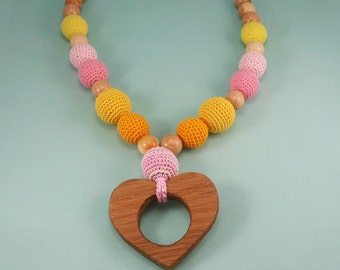 Mommy necklace - teether heart - toddler necklace - teething necklace - crochet necklace - nursing necklace - breastfeeding - chew necklace