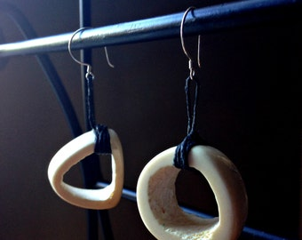 Cervine - White-Tailed Deer Tibia Bone Specimen Earrings