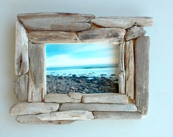 5x7 Picture Frame, Driftwood frame, Unique Photo Frame, Driftwood Beach Decor, Standing Photo Frame, Hanging Frame, Rustic Wooden Frame