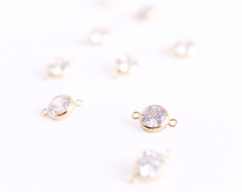 CZ Connector - 14k Gold Filled Bezel - 10.8mm x 6.7mm - 6mm Clear CZ - White Gemstone - Gold Charm - White Pendant Link Findings / GF-GC003