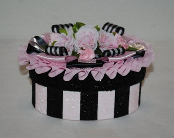 Decorated Gift Box, Black and Pink Striped Decorated Box, Box For Gift Card, Unique Gift Box For Jewelry, Small Items, Feminine Gift Box