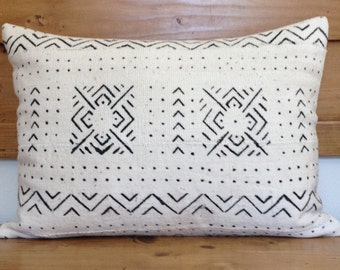"African Natural White Mud Cloth Pillow Cover, 14"" x 19"", Lumbar, Ethnic, Tribal, Handmade"