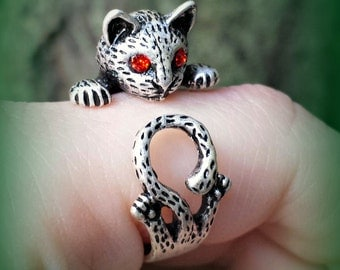 Realistic Cat Ring with Red Eyes - Adjustable Cat Ring - Kitten Ring
