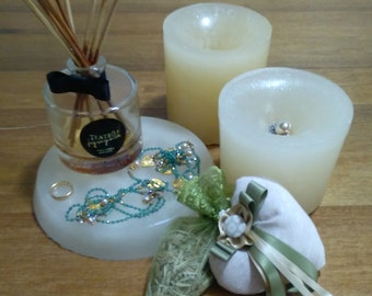 Candles jewel case. Set of three candles