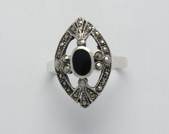 Vintage ring onyx marcassite sterling silver - goth ring - dark ring - vintage ring - onyx rings - marcassite rings - rings