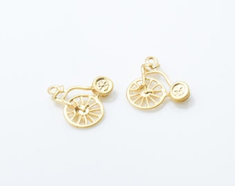 Bicycle Pendant . Bicycle Charm . Bike Charm . Jewelry Craft Supply . 16K Matte Gold Plated over Brass - 4pcs / RG0079-MG