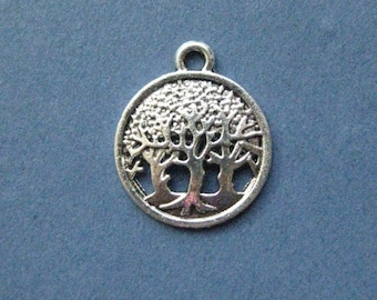 10 Round Tree Charm Pendant - Tree Charm Pendant - Antique Silver - 16mm  --(No.66-10895)