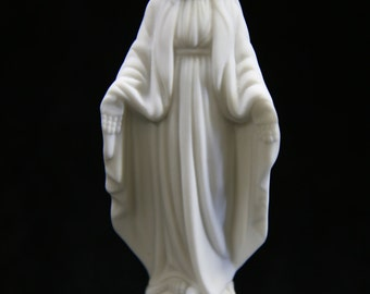 """4.25"""" Our Lady of Grace Virgin Mary Madonna Blessed Mother Catholic Religious Statue  Sculpture Figurine VIttoria Collection Made in Italy"""