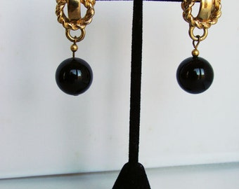 DAUPLAISE VINTAGE Gold and Black Drop Earrings, Dauplaise Vintage Statement Earrings, 80's Vintage Glam Gold Dangle Earrings