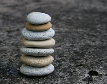 Beach Stone Cairn - Zen Garden - Stress Relief - Waldorf - Relaxation - Meditation Altar