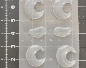 Crescent Moon Mold, Chibi Wing Mold, Resin Mold, Flexible Plastic Moon Mold, Phone Charm Mold, Decoden Moon Mold, Resin Supplies