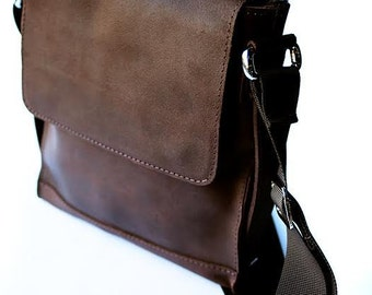 Brown bag. Leather shoulder bag. Men's shoulder bag. Sling bag.