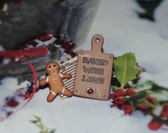 Handcrafted Novelty Baked With Love With Gingerbread Man Hat/Shirt/Lapel Pin