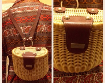 Free Shipping !!! GUESS  Basket & leather Backpack purse
