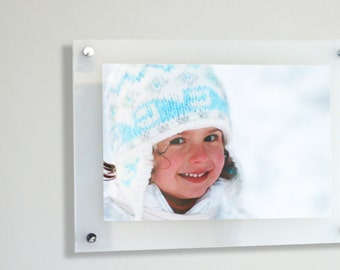 """Cheshire acrylic 10mm  20x30"""" / 51x76 cm picture photo frame pixi made in UK wall mount perspex plexiglass"""