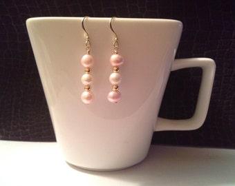 Freshwater Pearl earrings, pearl earrings, goldfilled pearl earrings