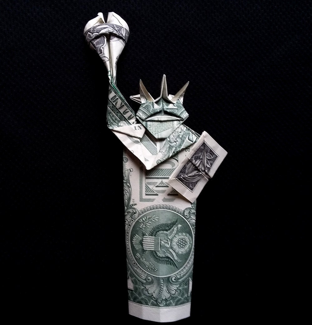 statue of liberty art gift money origami figurine real two 1. Black Bedroom Furniture Sets. Home Design Ideas