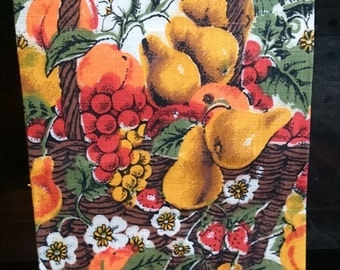 Vintage Linen Dish Towel with Original Tag/Never Used/Fruit Pattern