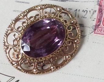 Vintage 14k Amethyst Brooch Pin 14k Raspberry Purple  Color Change 14k Brooch Pin