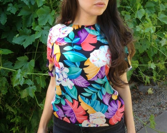 Vintage 90s Print Top 90s Shirt Blouse Bright Vibrant 80s 90s Vintage 80s Vintage Colorful Shirt Silk Tropical Keyhole Back