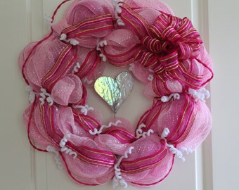 Valentine's Day Deco Mesh Wreath with Stained Glass Heart - Valentine's Day Wreath - Stained Glass Heart - Valentine's Day