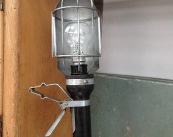 Industrial ex-hand lamp