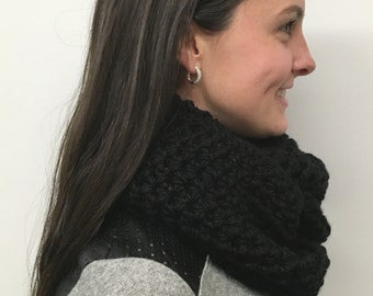 Solid Cowl: Black
