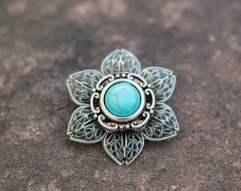 Turquoise Stone and Flower Filigree Brooch