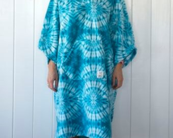 Aqua Tie-Dye Print