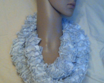 Neck wrap, white boa, crochet