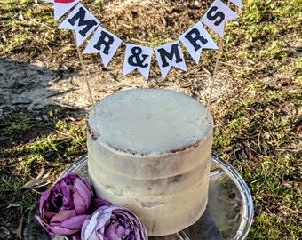 Wedding cake Bunting, Mr & Mrs, Rustic Wedding Cake Topper, Mr and Mrs cake topper, Engagement cake topper, Wedding cake Bunting Flags,