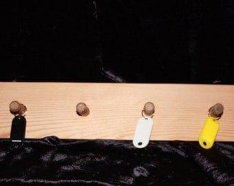 Peg Key Rack - Pine