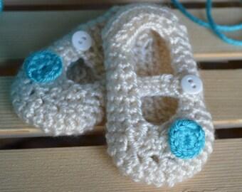 Ivory Crochet booties, Mary Jane booties, Newborn Booties, Infant Flower booties, Turquoise flower booties, baby Shoes