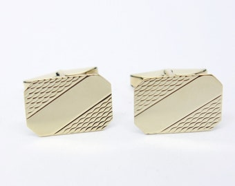 Vintage 9ct Gold Cufflinks - Partially Engraved