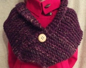 Scarf - Viola - Purple - Womans Scarf with Button - Chunky Scarf - Adult - Winter - Warm - Cozy - Snow - Buttons