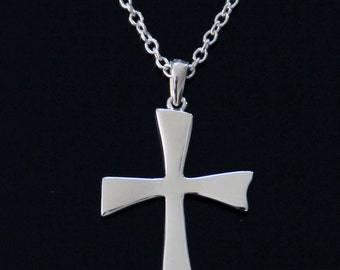 "Cross Pendant with 18"" Chain"