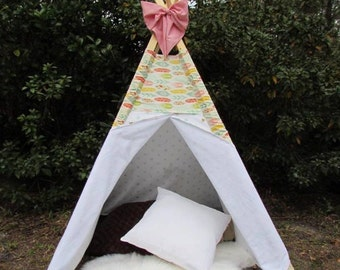 Pink feather teepee