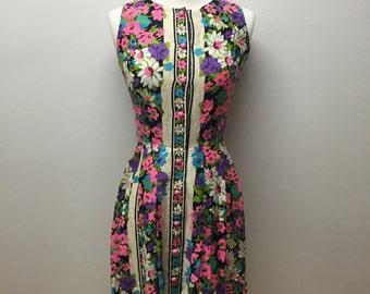 Vintage Floral Summer Dress/ Sleeveless Dress