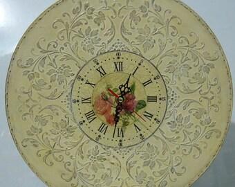 Rustic wall clock, Wooden wall clock, Housewarming gift, Vintage clock, Wall decor, Wood clock, Shabby chic clock