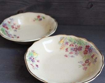 VTwo bowls J & G Meakin England Sunshine small yellow ceramic bowls - Saucers with flowers - Two small ceramic plates - Orange Retro