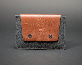 iPad Air 2 case , iPad Air 2 sleeve,  iPad Air 1/2 Case handmade from 100% wool felt and leather.