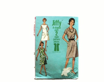 1960s Vintage Sewing Pattern - Simplicity 5960 - Tunic Dress