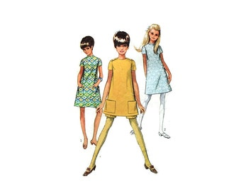 1960s Vintage Sewing Pattern - Simplicity 7456 - Mod Mini Dress