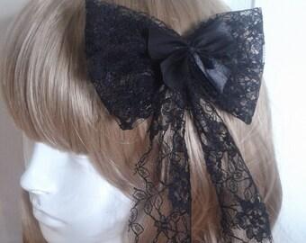 Classic Lolita Black Lace Bow Hair Clip. Elegant. Gothic. Lolita. Victorian. Steampunk. Cosplay. Brand New.