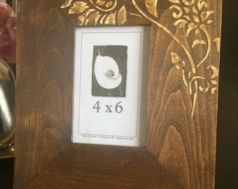 Wood grain photo frame