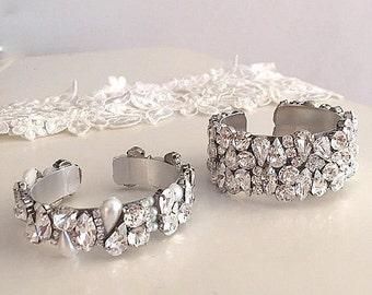 Set of 2 Swarovski Crystal cuff bracelets, bridal  Rhinestone cuff bracelet, sparkling Wedding cuff bracelet, statement cuff bracelet